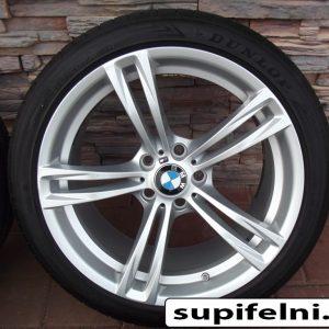 """BMW M5-M6 Gyári Alufelni 19"""" gumikkal"""